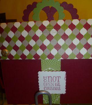 Gift box card dec 12