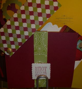 Gift box inside dec 12